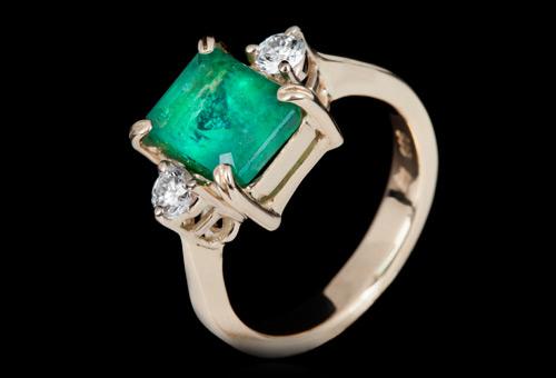 smaragdi-nakit