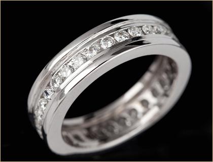 Ženska burma – Eternity ring, Belo zlato
