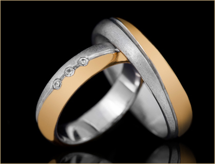 Burme-kombinacija-zutog-i-belog zlata