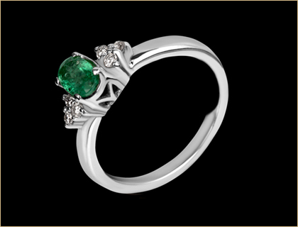 Verenički prsten belo zlato, smaragd