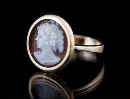 prsten-sa-kamenom